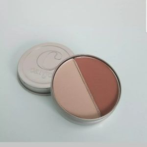 5/25 bundle. Cargo Cosm eyeshadow duo